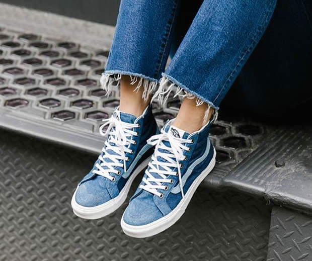 sneakers bleues
